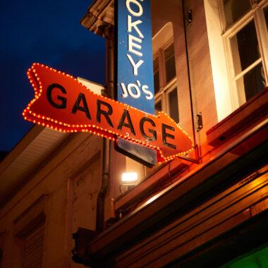 Smokey Jo's Garage 666